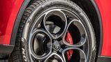 Alfa Romeo Stelvio 2.2 Diesel Q4 - rollt serienmäßig auf 18-Zöllern