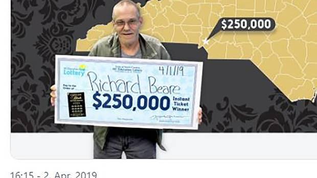 Lotterie-Glückspilz kann sich und Partnerin sehnlichen Wunsch erfüllen