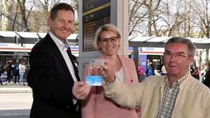 Augsburg tauscht Führerschein von Rentnern gegen Jahres-Abo für ÖPNV