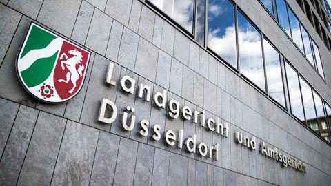 Landgericht Düsseldorf - Geburtstagsfeier - Häftlinge