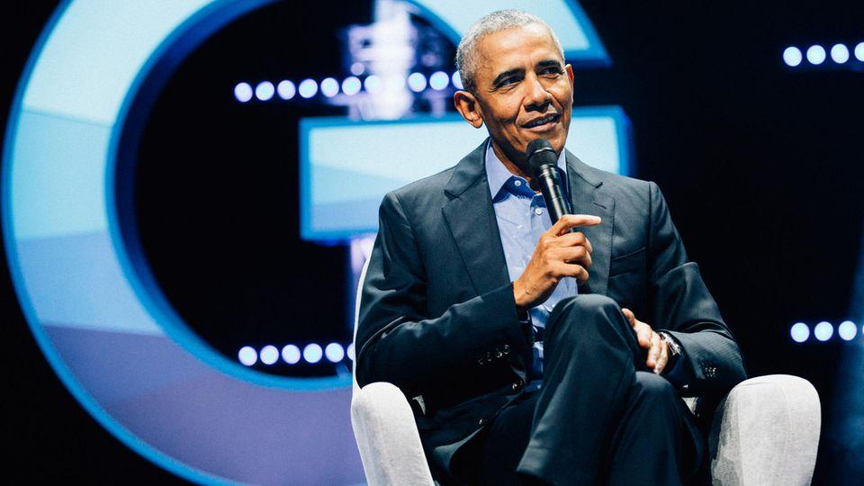 Barack Obama spricht in der in Kölner Lanxess Arena beim World Leadership Summit