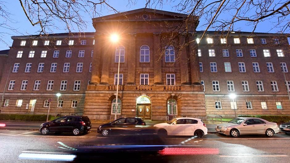 """Eine Bombendrohung an das Landgericht Kiel ist mit """"nationalsozialistische Offensive"""" unterschrieben gewesen"""