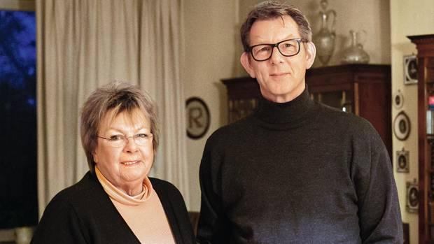 Birgitt Röhll und Sohn Stephan. Beide leben noch immer in Berlin.