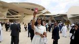 US-Model Naomi Campbell macht ein Selfie: Zur Eröffnung des Museums wurde viel Prominenz eingeflogen