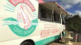 Kouri Shrimp, Kouri Island, Japan  Wie der Name schon verrät: Es gibt Shrimps. Und zwar hawaiianisch inspiriert mit Knoblauch, Reis und Gemüse. Zudem gibt es noch Pommes frites und Rindfleisch.