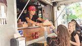 """The Duck Truck, Montréal, Québec  Hier dreht sich alles um die Ente:""""Quack 'n' Cheese"""", also Macaroni and Cheese mit Enten-Confit oder """"Empanaduck"""", Empanadas mit Entenfleisch."""