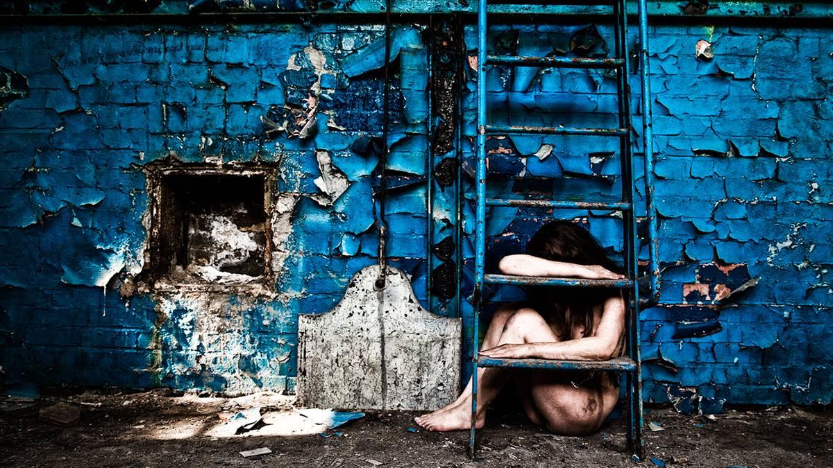 Aktfotografie: Verlorene Schönheiten: sinnliche Erotik an verlassenen Orten
