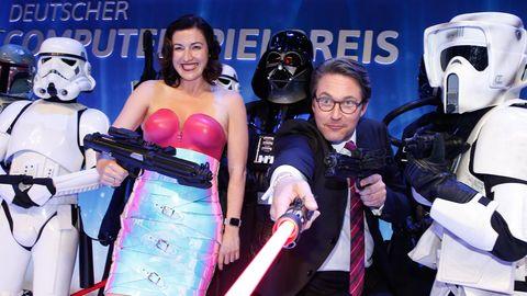 Dorothee Bär und Andreas Scheuer als Gäste bei dem Deutschen Computerspielpreis im Admiralspalast