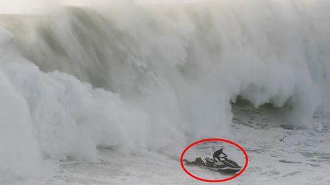 Nazaré: Surfer-Rettung per Jetski – Wie kommt man aus dieser Monsterwelle lebend raus?