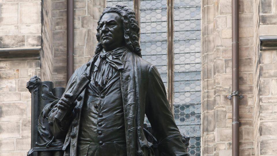 Denkmal vor der Thomaskirche:Johann Sebastian Bach