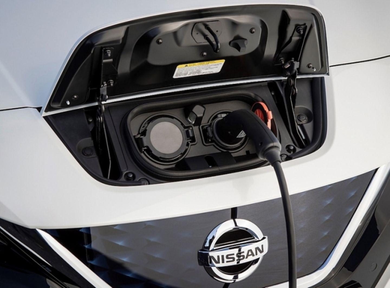 Die Fahrer von Elektroautos fordern vor allem eine dichte Lade-Infrastruktur
