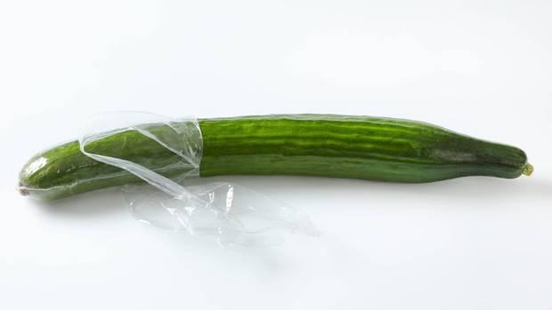 Gurke in Plastikfolie