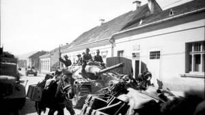 Dieser Hetzer wurde 1944 in Ungarn aufgenommen.