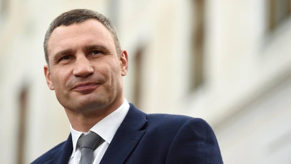 Vitali Klitschko berichtet über sein Leben als Politiker und Bürgermeister von Kiew