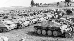 Jagdpanzer 38t eines aufgelösten deutschen Verbandes in Frankreich.