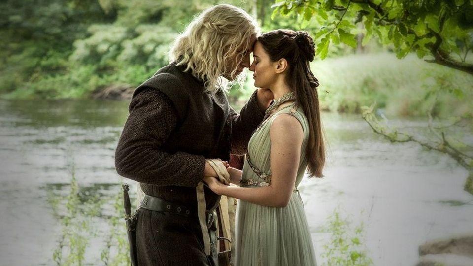 Rhaegar Targaryen heiratet Lyanna Stark am Flussufer