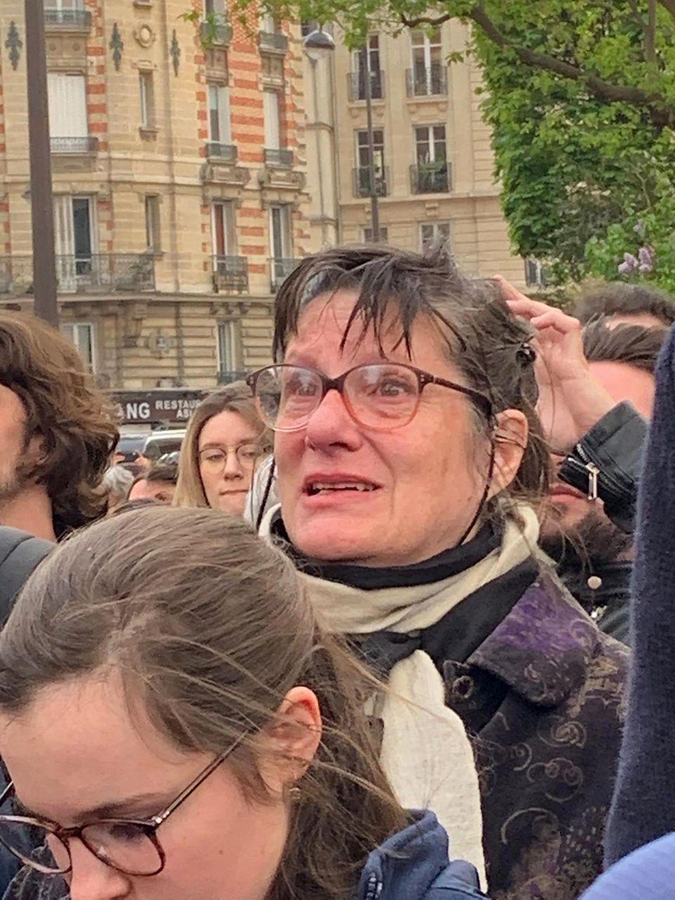 Brand in Notre-Dame: Feuer erst nach zweitem Alarm entdeckt +++ Schon 600 Millionen Euro Spenden für Wiederaufbau