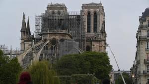 Notre-Dame der Tag nach dem verheerenden Brand in Paris