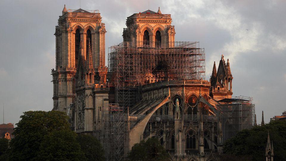 Türme, Glocken, Orgel : Die Notre-Dame in Zahlen