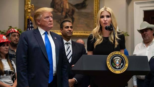 Präsidententochter Ivanka Trump spielt als Beraterin ihres Vaters (l.) eine wichtige Rolle im Weißen Haus