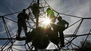 nachrichten deutschland - streit klettergerüst