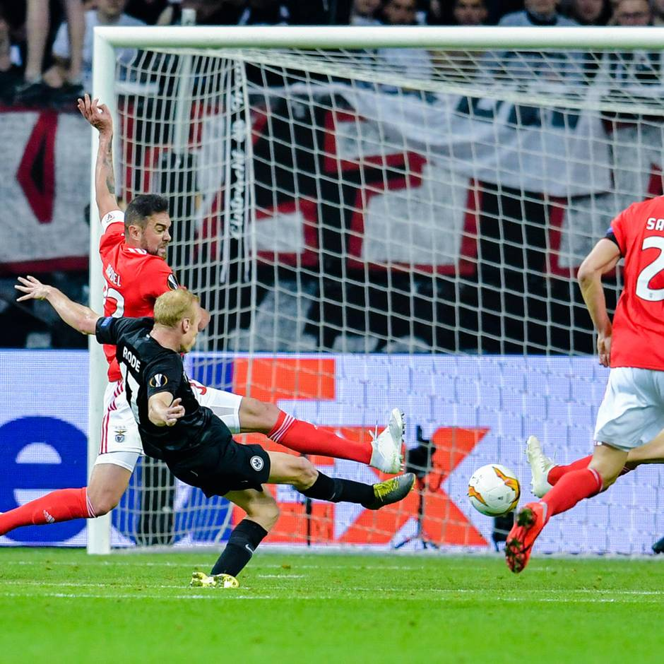 Europa League: 2:0 gegen Benfica! Europa-Traum der Frankfurter Eintracht geht weiter