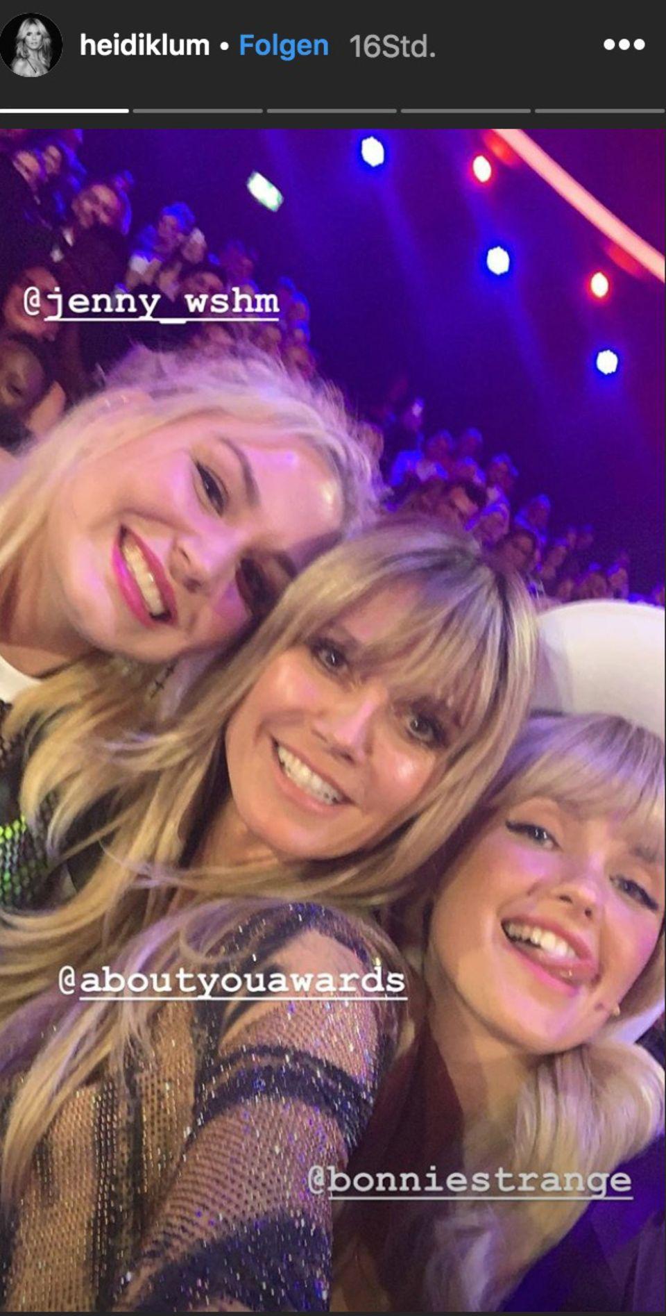 """""""About You""""-Awards: Selfie mit Heidi Klum und Bonnie Strange"""