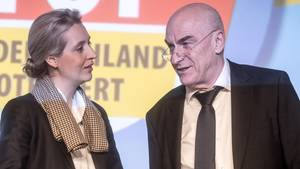 Ärger wegen zweifelhafter Spenden: AfD-Schatzmeister Klaus Fohrmann mit Alice Weidel
