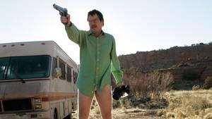 In der TV-Serie Breaking Bad beginnt der LehrerWalter White im großen Stil Drogen herzustellen.
