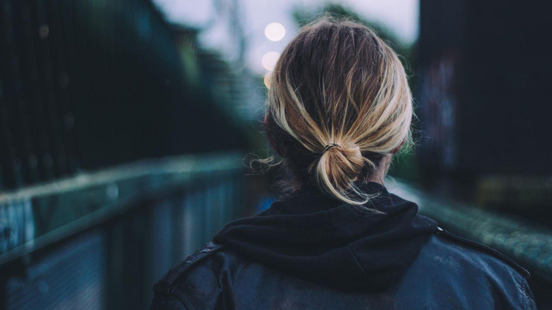 Mann oder Frau? Manchmal reichen lange Haare für einen unangebrachten Anmachspruch.