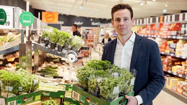"""Lidl-Einkaufschef Jan Bock: """"Selbstverständlich verhandelnwir hart. Aber es ist ein Gerücht, dass wir unsere Lieferanten wie die Unterhemden wechseln. Das ist absoluter Blödsinn."""""""