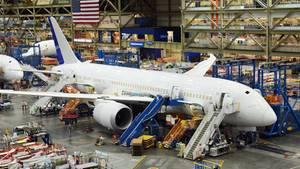 """Die Produktion des Boeing 787, auch """"Dreamliner"""" genannt, erfolgt in den USA an zwei Standorten"""