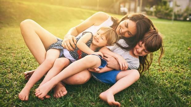 Mit diesen drei Tipps lassen sich Insektenstiche bei Kindern schnell behandeln