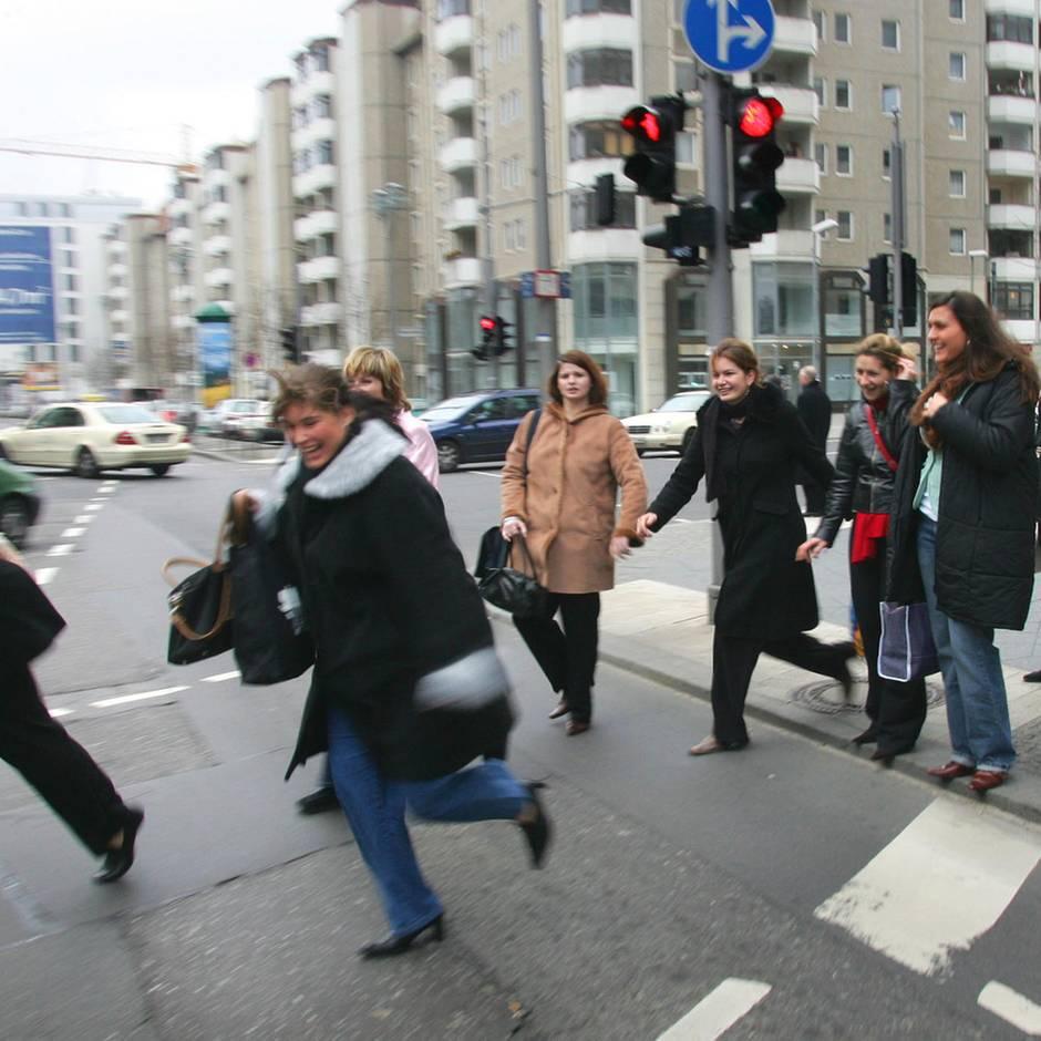 Verkehrssicherheit: Liebe Mitmenschen, bleibt doch verdammt nochmal an roten Ampeln stehen!