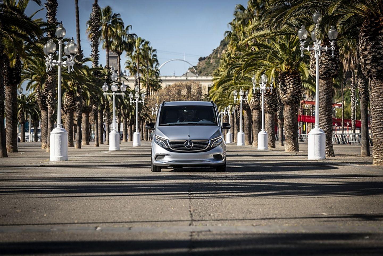 Mercedes EQ V Concept