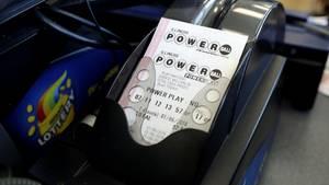 Ein Ticket der amerikanischen Powerball-Lotterie