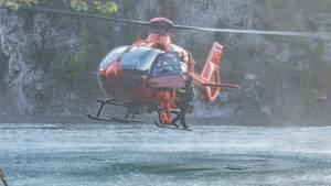 Rettungshubschrauber beim Einsatz am Königssee