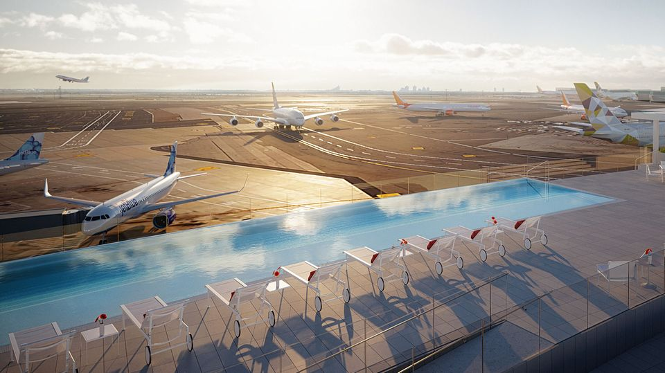 Auf dem Dach des TWA-Hotels: Freie Sicht auf die Piste4 Left/22 Right am JFK-Airport in New York