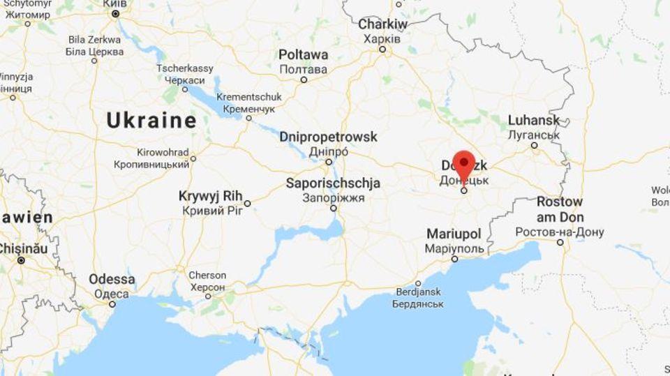"""Einwohner mit ständigem Wohnsitz in """"einzelnen Kreisen"""" der Gebiete von Donezk und Luhansk können laut einem russischen Dekret in einem """"vereinfachten Verfahren"""" russische Staatsbürger werden"""