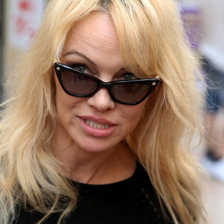 Französischer Fußballclub: Pamela Anderson wütet über Spendengala von Olympique Marseille - der Verein kontert cool