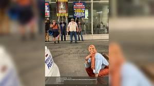 Für den Hass hat Shaymaa nur eine Antwort: ein Lächeln auf den Lippen