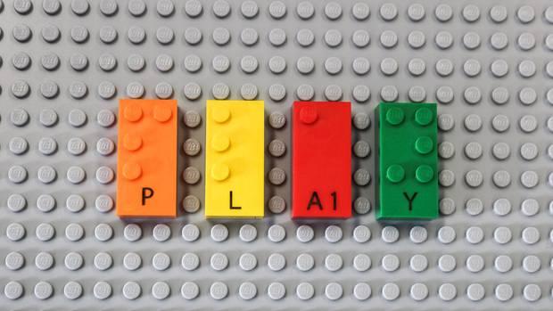 Legosteine mit Buchstaben