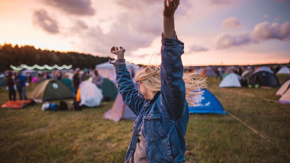 Das nächste Festival steht bevor? Diese Festival-Packliste garantiert eine gute Zeit