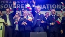 """Marine Le Pen und Geert Wilders beim Auftakt zur Europawahl der tschechischen Rechtspartei """"SPD"""""""