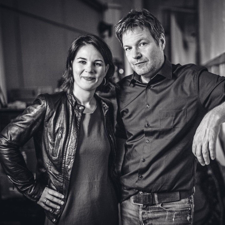 Robert Habeck Und Annalena Baerbock Grunen Chefs Setzen Auf Vertrauen Stern De