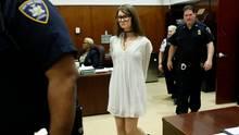 Anna Delvey aka Anna Sorokin vor Gericht