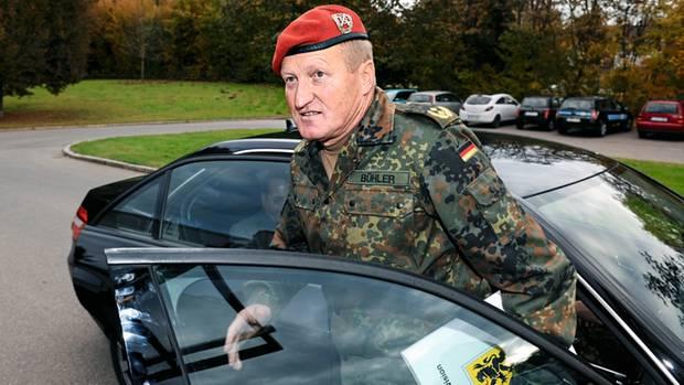 Ein General mit Verbindungen – Erhard Bühler war Partner der Berater