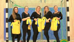 Von links nach rechts: Marie Feldhoff, Franziska Seeser, Daniela Heitmüller, Tanja Gallon, Belinda Sinemillioglu. Die sechste Spielerin, die ebenfalls schwanger ist, wollte damit nicht in der Öffentlichkeit stehen.