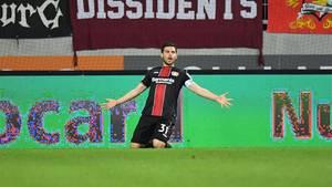 Leverkusens Volland nach dem 1:1 gegen Augsburg