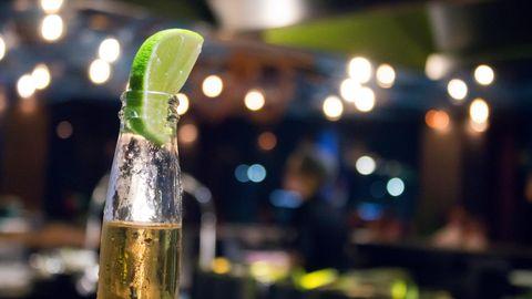 In Mexico City wird Bier vor allem aus größeren Flaschen konsumiert (Symbolbild)